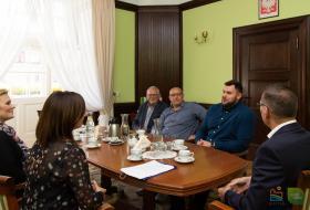 Spotkanie Prezydenta Olsztyna Piotra Grzymowicza  z Konradem Bukowieckim